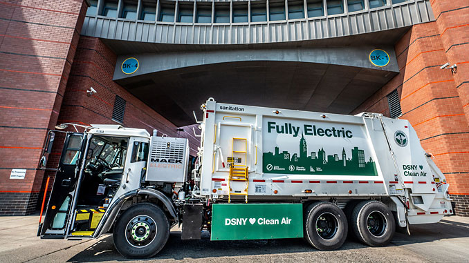 Real-world trials: Mack® LR Electric demonstration model has been delivered to New York City Department of Sanitation officials