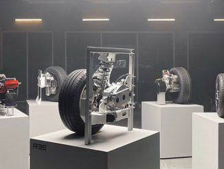 REEcorner™ technology packs critical vehicle components into a single compact module positioned between the chassis and the wheel