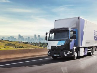 Renault Trucks commits to transforming the truck market by gradually electrify its fleet to become carbon-neutral within 30 years
