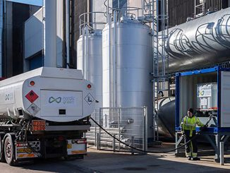Methanol delivery to the Test & Training Centre (photo: Alfa Laval)