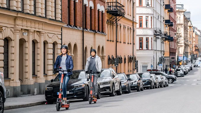 Vianova's data platform helps cities better integrate and manage shared, connected, electric and autonomous transport solutions in the urban space