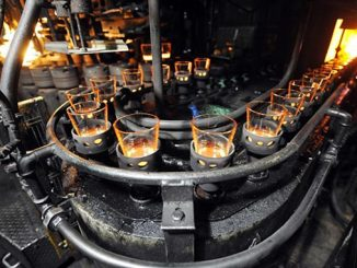 A working group headed by Snam, RINA and Bormioli will test the use of hydrogen to power melting furnaces in glassworks