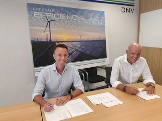 Signing ceremony: From left, Olivier Potart, founder and CEO of Antuko, and Santiago Blanco, Regional Director, Southern Europe, Middle East, Africa and Latin America Energy Systems at DNV