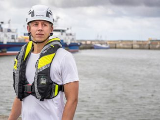 VIKING YouSafe™ Vanguard – innovative lifejacket designed with the day-to-day tasks and challenges facing offshore workers firmly in mind