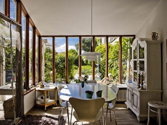 Hus og have i Klampenborg