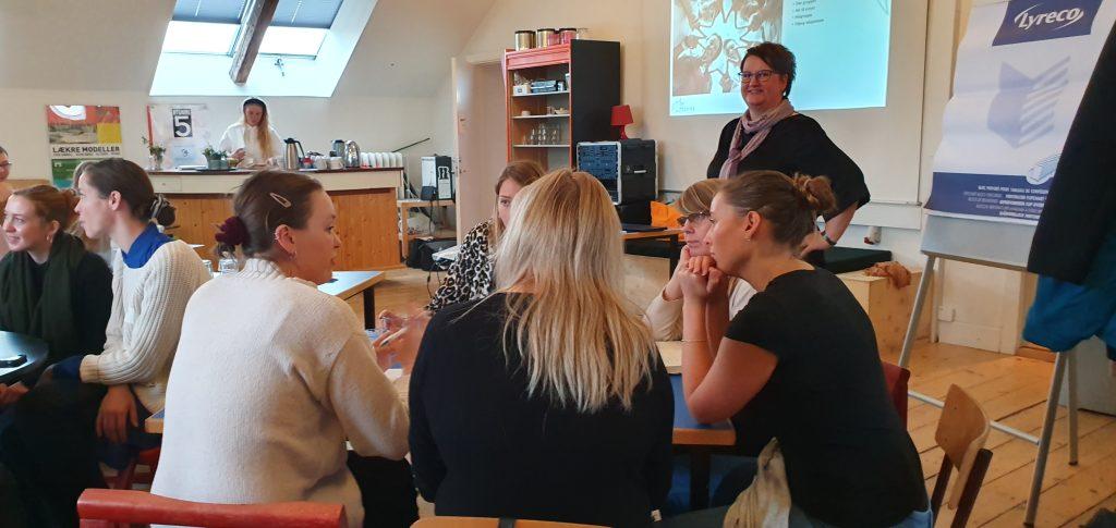 EventAnne teaching
