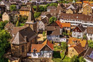 Tenir compte de l'emplacement du bien et de l'attractivité de la ville pour réussir son investissement immobilier