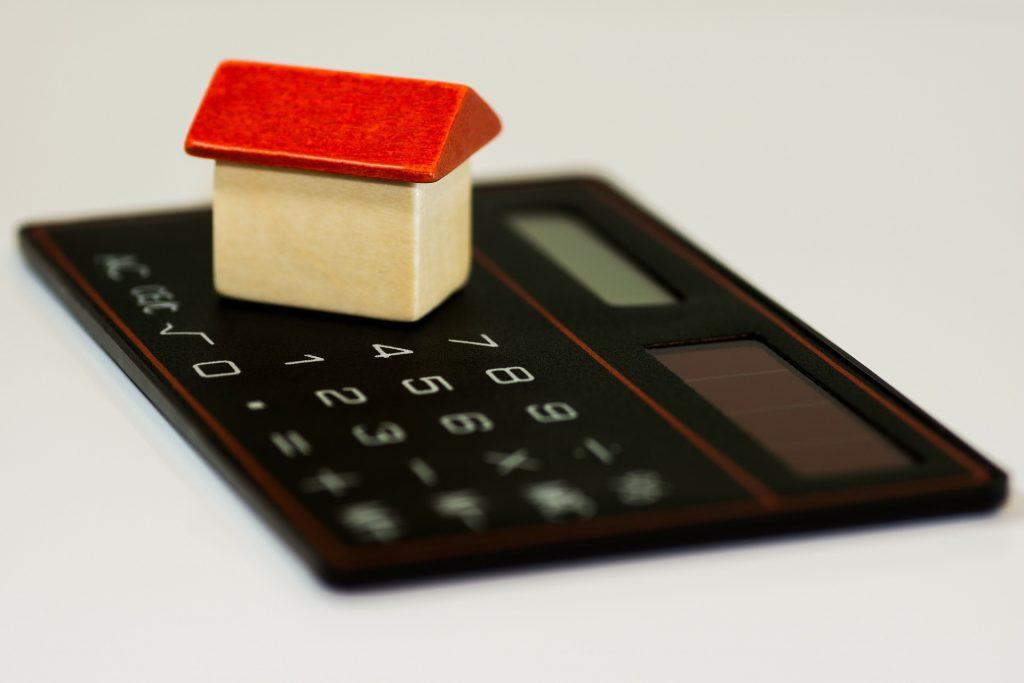 base de calcul pour estimer le montant du salaire minimum à avoir pour bénéficier d'un prêt immobilier