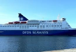Crown Seaways ved Lange Linie 3. marts 2013
