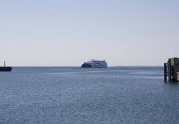 KatExpress 2 ved Odden Færgehavn 1. juni 2013