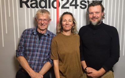 """Listen to Niels Peter Rygaard talk about attachement in the radio programmet """"Forældreintra"""" on radio24syv"""