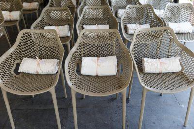 witte fleecedekentjes huren bruiloft dekentjes