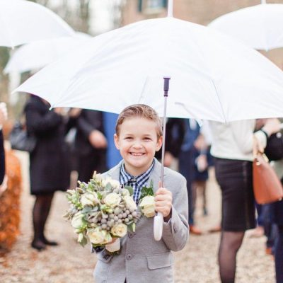 huur paraplu bruiloft