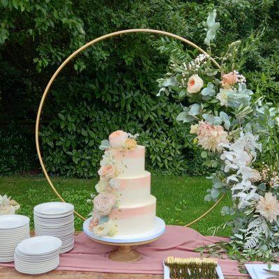 taart ring decoratie bruidstaart versieringen huren styling bruiloft