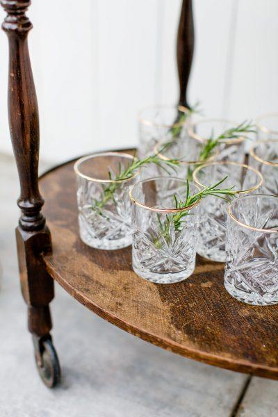 waterglazen huren gouden rand wiskeyglas relief helder glas bruiloft