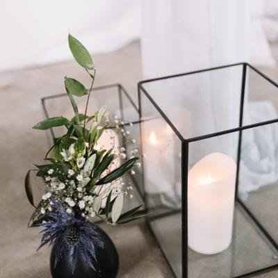 rechthoekig kubus windlicht zwart glas huren decoratie bruiloft kaarsenstandaard