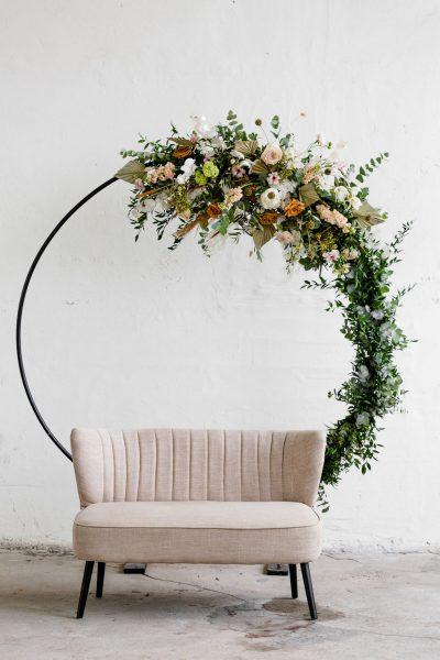 huur stellingen bruiloft backdrop set styling romantisch trouwbank achtergrond doeken bloemdecoratie feest huren