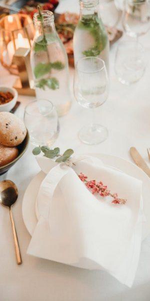trouwen in het spaanse hof den haag styling feline styling romantische bruiloft servet wit