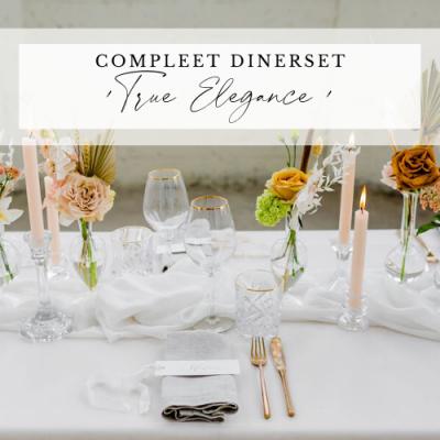 diner pakket styling decoratie tafel bruiloft aankleding lichtblauw dusty roze romantisch huren