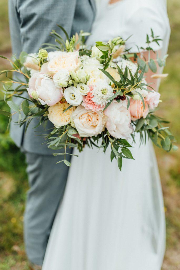 weddingflowers romantisch trouwboeket roze