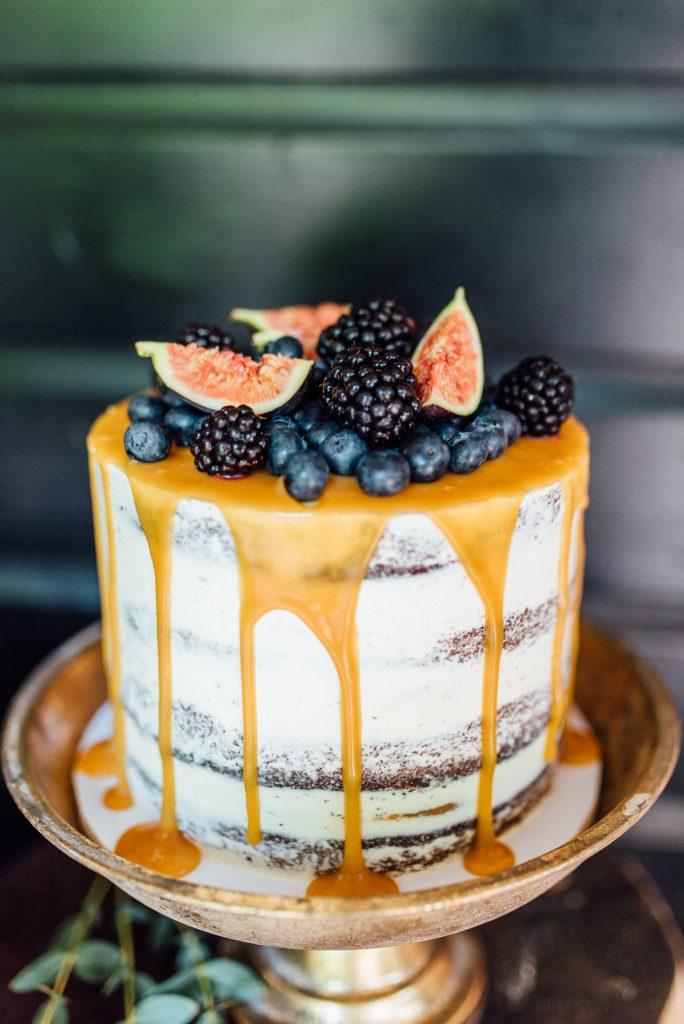 bruilofttaart caketopper weddingcake