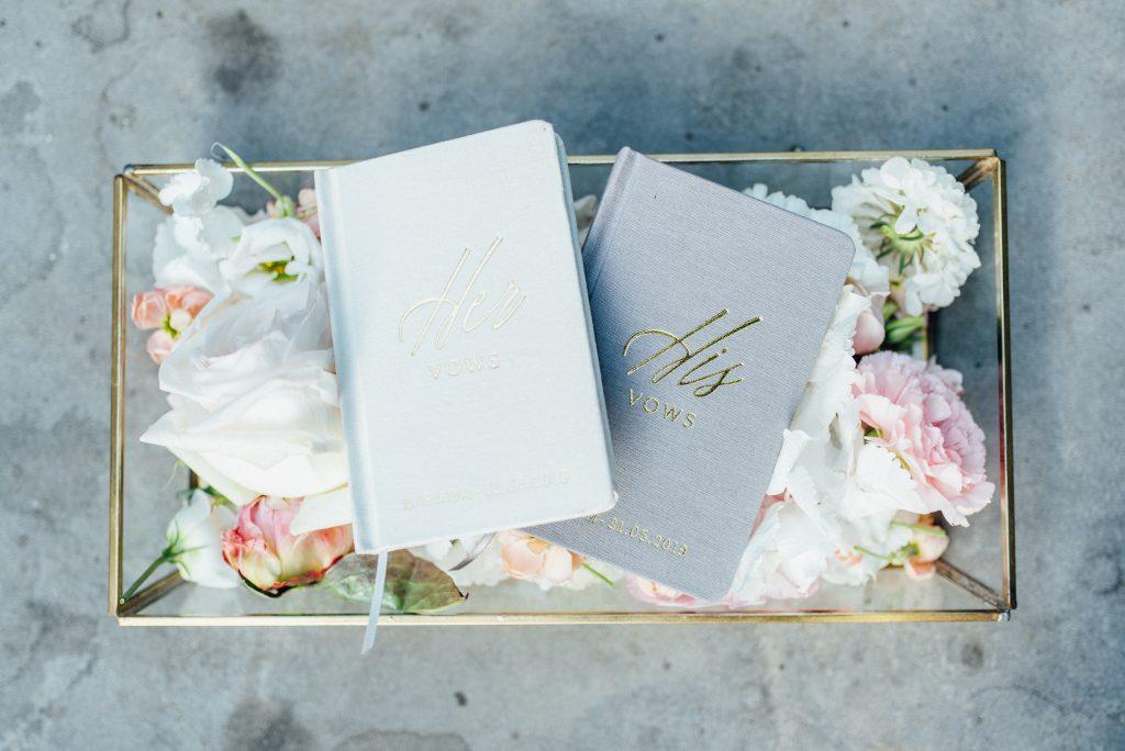 geloftenboekjes his vows