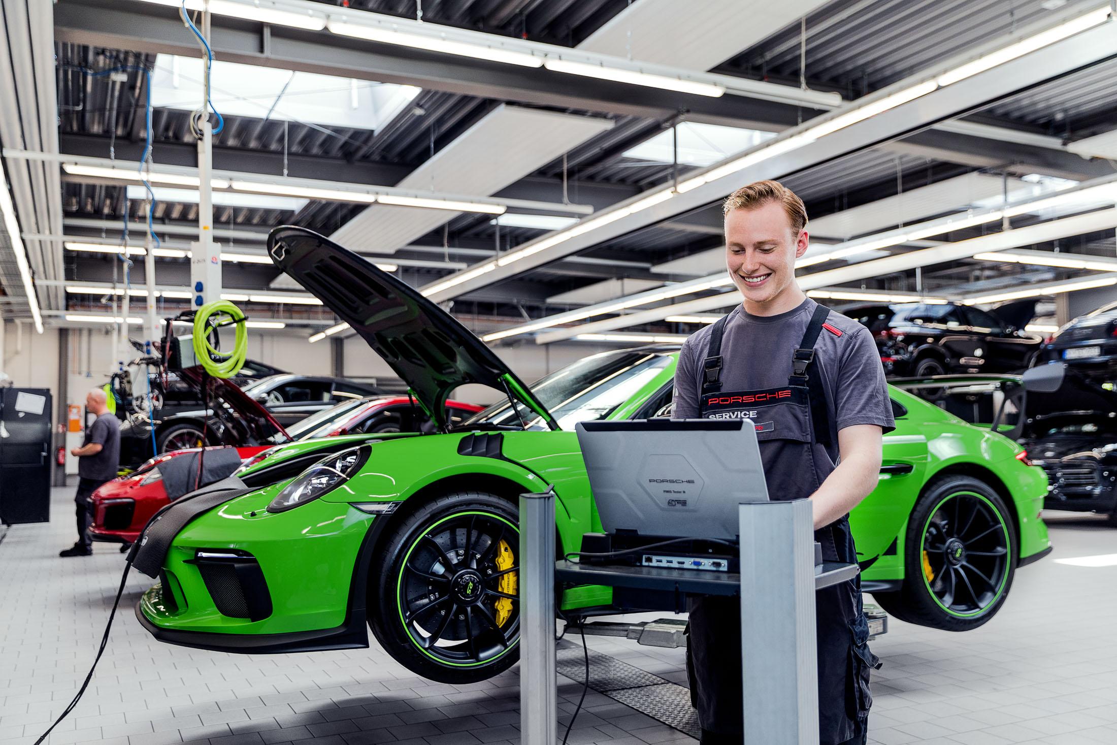 Felix Liebel-Porsche Hamburg-2-2