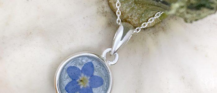 Fern & Oak Forget Me Not Necklace