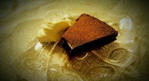 Chokladtryffeltårta med apelsin- och kolasmak