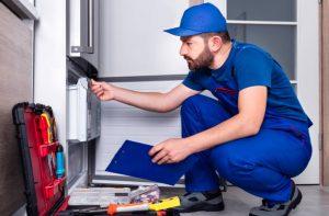 Repairman, Refrigerator, Repairing, Examining, Installing