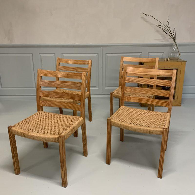 Fyra stolar med flätade sitsar, Danmark, 1900-talets mitt