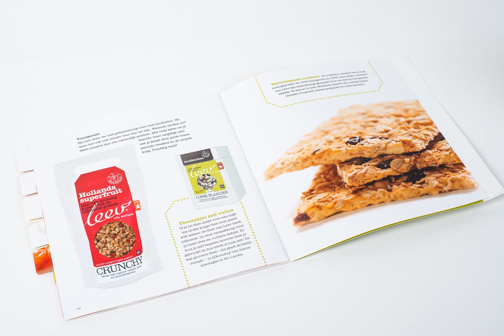Brand booklet Leev