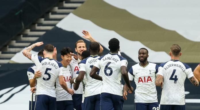 ake Martens - Tottenham Hotspur FC celebrate