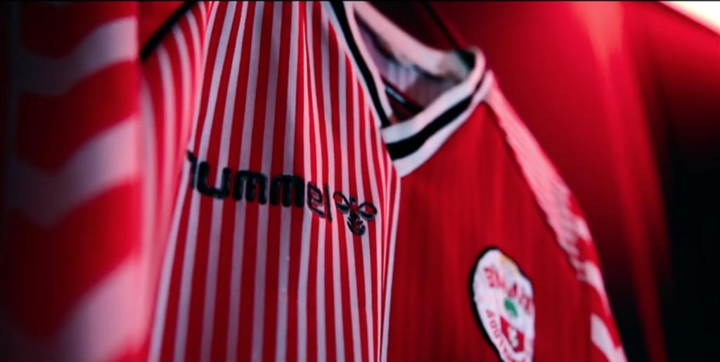 Hummel Southampton FC sports kit