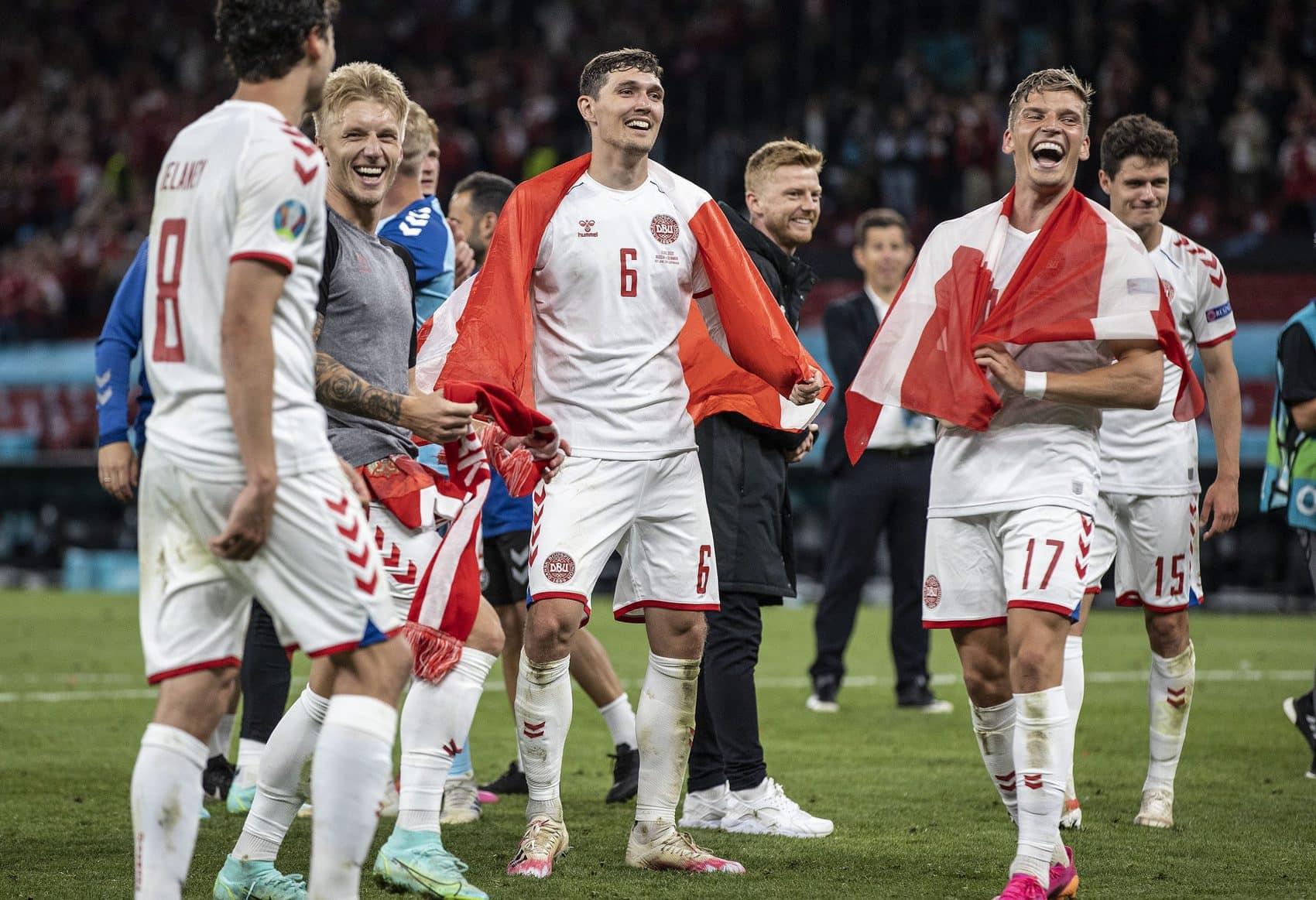 Andreas Christensen national team celebrating