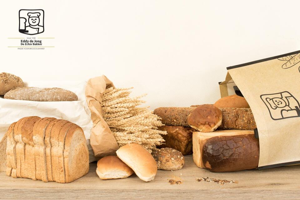 Gave productfoto's voor de Bakkerij van brood voor social media en drukwerk