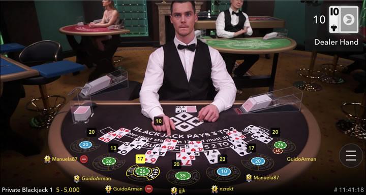 Une partie de blackjack en direct chez Spin Casino