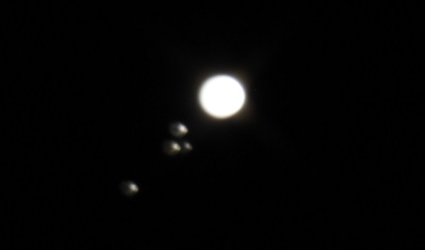 jupters moons telecope