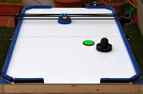 airhockey playing 3d printer robot
