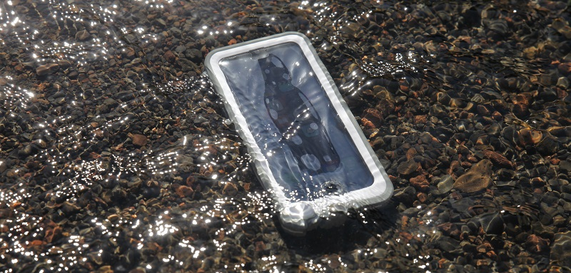 lifeproof fre power water test