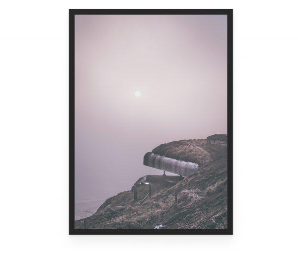 Bangsbo fort en tåget dag med udsigt til kanon og sol, Frederikshavn