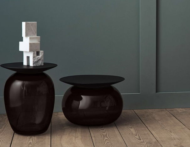 Topped sofa tables By Bolia