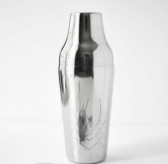 Crispy polished steel - shaker    Design Frederik Bagger