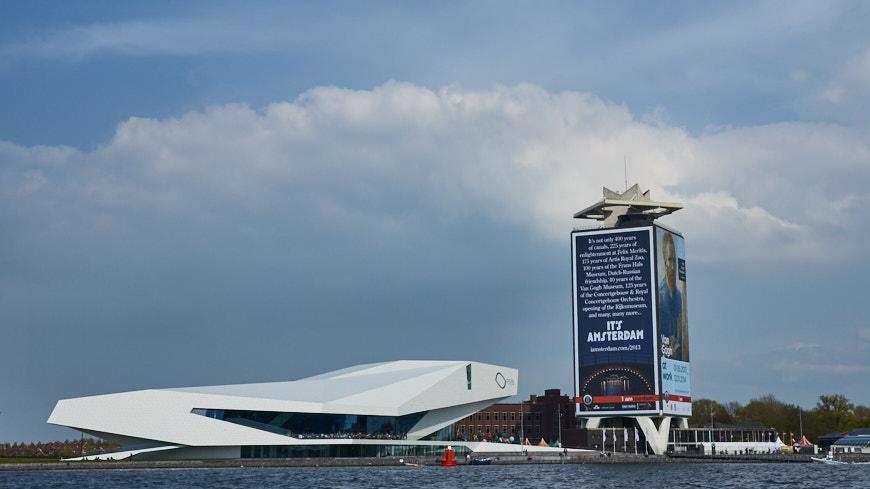 126-2013 Uw stadsgids voor Amsterdam
