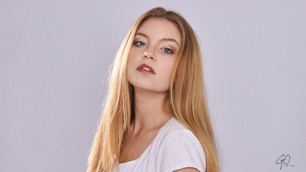 Jonge vrouw fotomodel