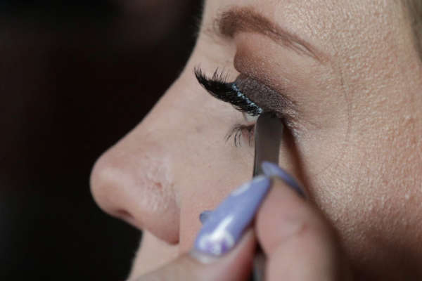 Makeup Lessons Image