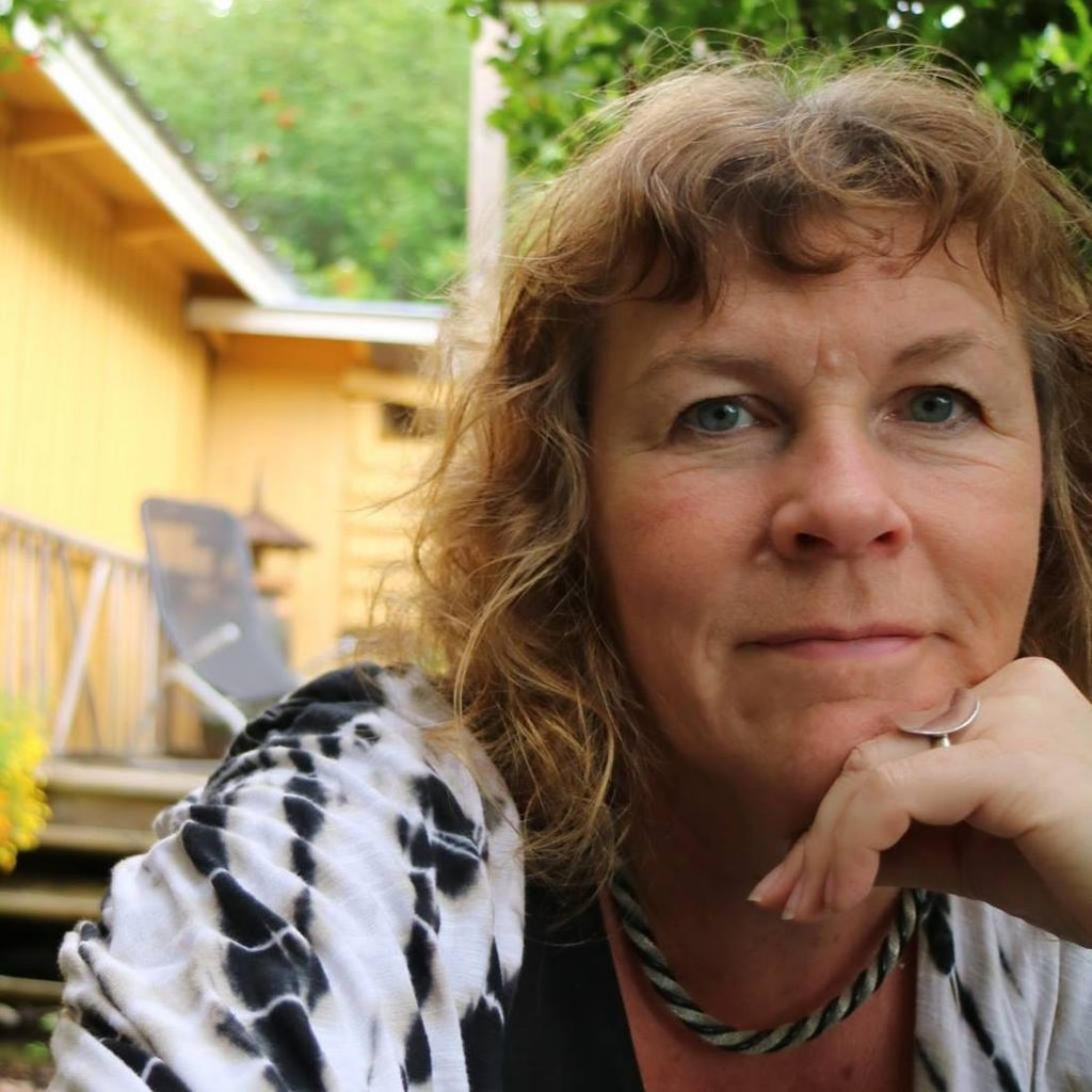 Anna-Karin Englund. Att anlägga en trädgård