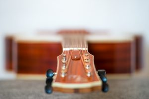 Wälivaara 00 acoustic steel string guitar