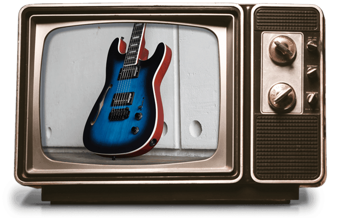 Kononykheen Breed Twenty Six, les guitares unique sur une télévision vintage