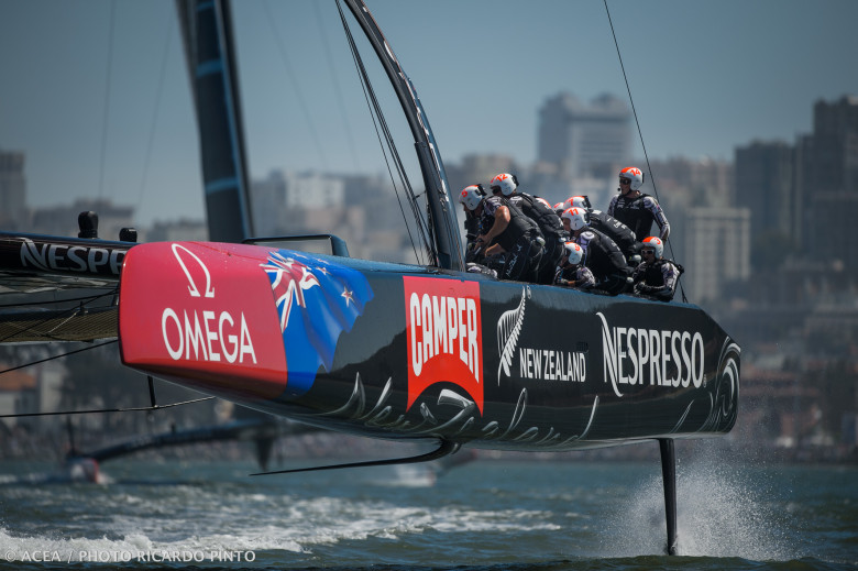 Race day 1 at 34th America's Cup
